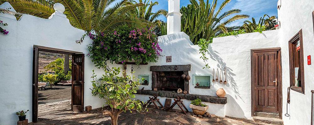 Casa museo c sar manrique har a fundaci n c sar manrique - Lanzarote casa de cesar manrique ...