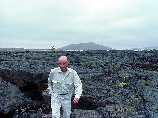 Hamish Fulton, durante su estancia en Lanzarote